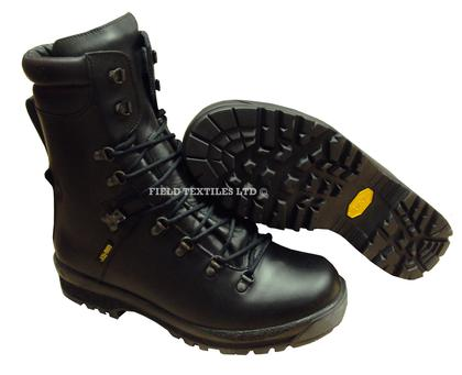ad10e884f34 Extreme Cold Weather Boots